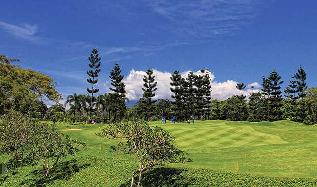 best-golf-courses-in-Bogor-deemples