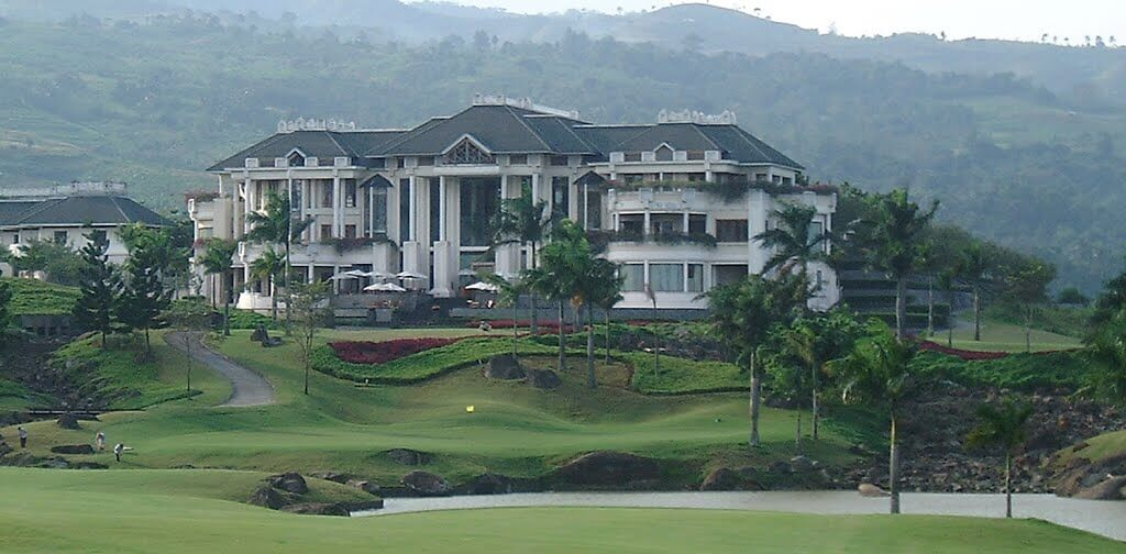 rainbow hills golf club deemples bogor indonesia golf course